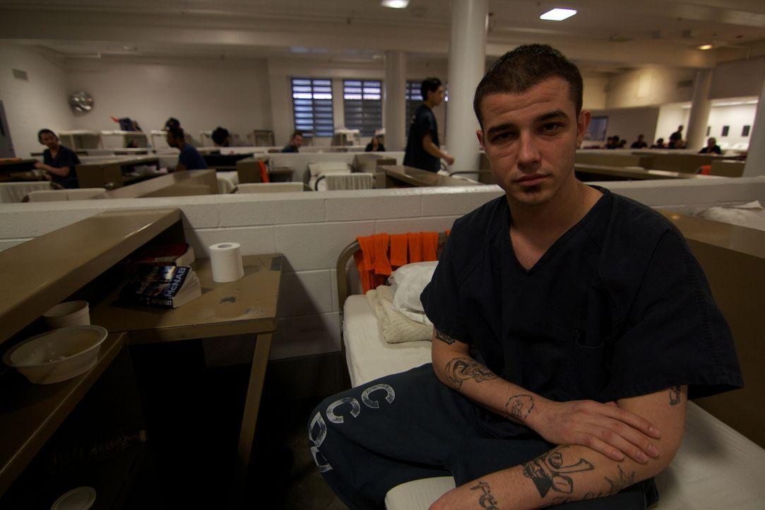 Häftling Rafael muss sich die offene Wohneinheit des Gefangenenlagers in Las Vegas mit zahlreichen anderen Straftätern teilen ... - Bildquelle: Justin Weinrich National Geographic Channels/ Part2 Pictures