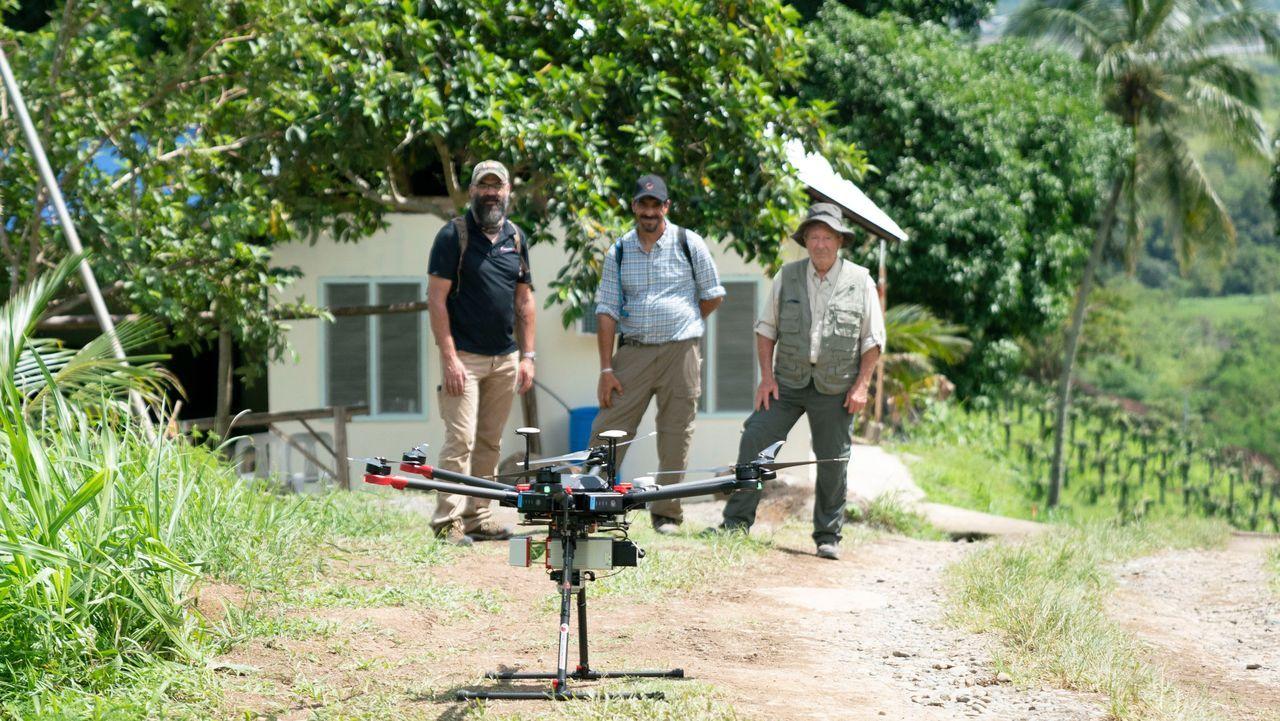 Die Suche im Philippinischen Dschungel kann beginnen: Ein Team aus den USA s... - Bildquelle: Licensed by A&E Television Networks, LLC