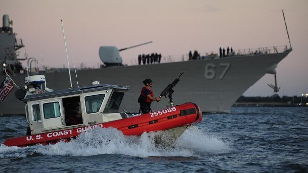 Die Polizei kommt mit dem Schutz der Schiffe vor Piraten kaum hinterher.