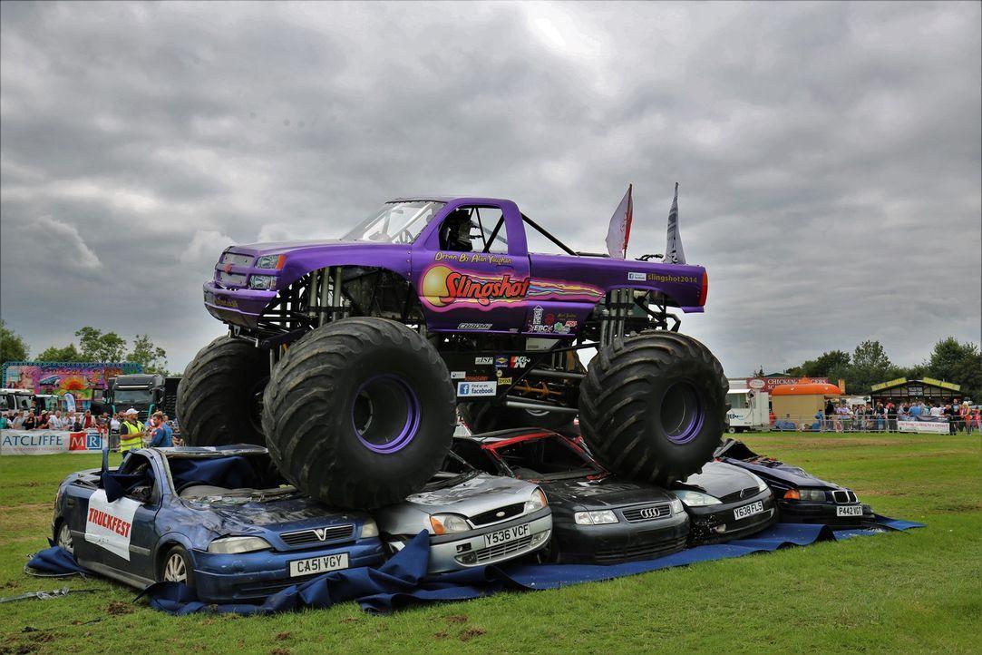 Monster-Truck Attacke - Bildquelle: Back2back Productions Ltd