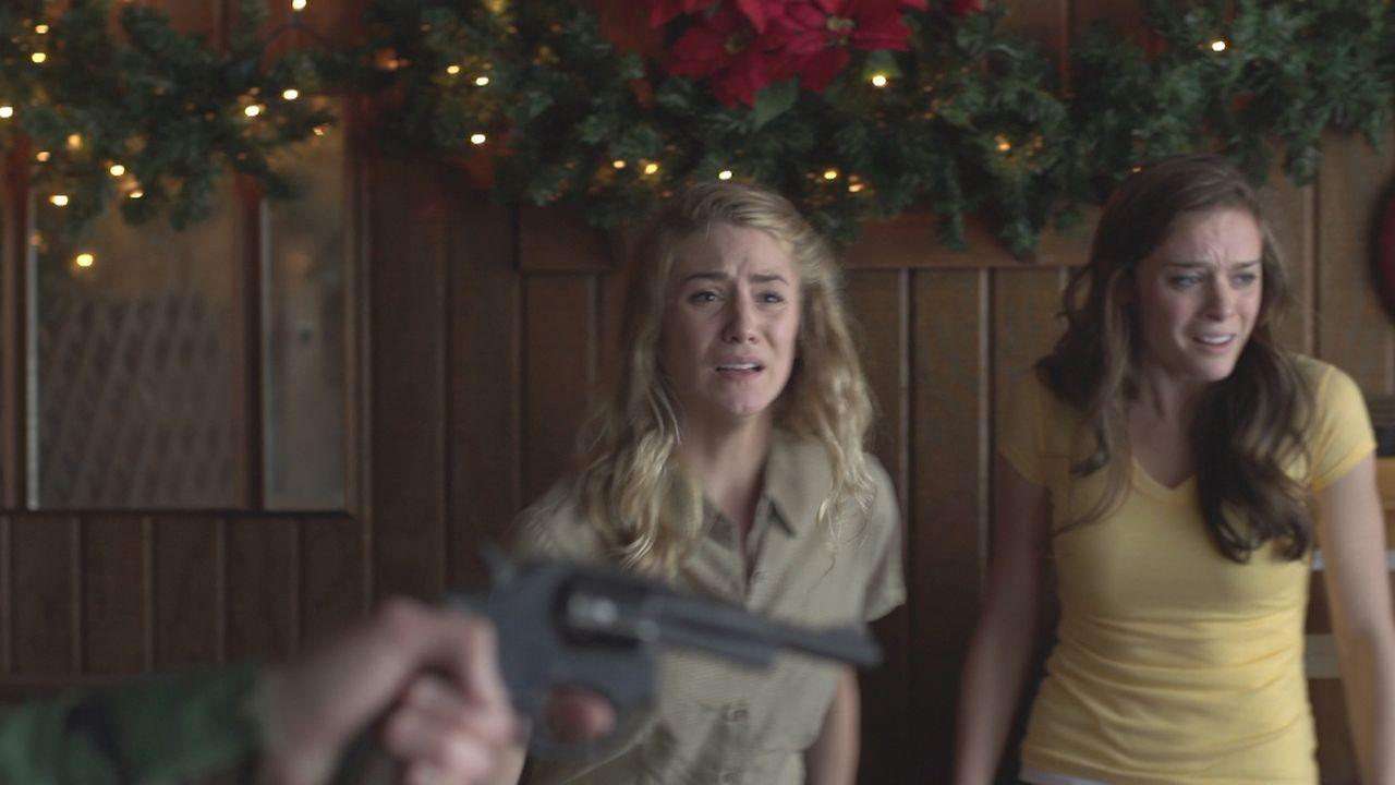 Auf die 21-jährige Jennifer Burns, ihre Freundin Sally Fogle und ihren Boss Clay Griffin wird im Dezember 1989 im Nachtclub, in dem sie arbeiten, ge... - Bildquelle: LMNO Cable Group