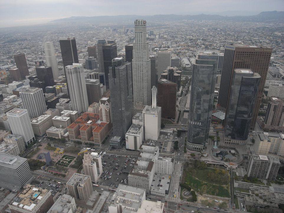 Los Angeles ist laut dem Bürgermeister die Hochburg aller Gangs der Welt. Genau der richtige Ort für Ross Kemp ... - Bildquelle: IMG Entertainment 2008