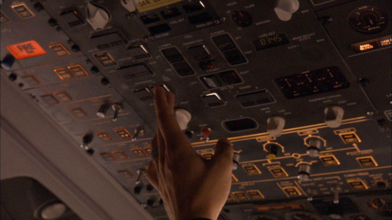 Januar, 2008: Nach einem Flug von Beijing, macht sich der British Airways Flug 38 bereit für die Landung in Heathrow. Nur wenige Minuten vor der Lan... - Bildquelle: Cineflix 2010