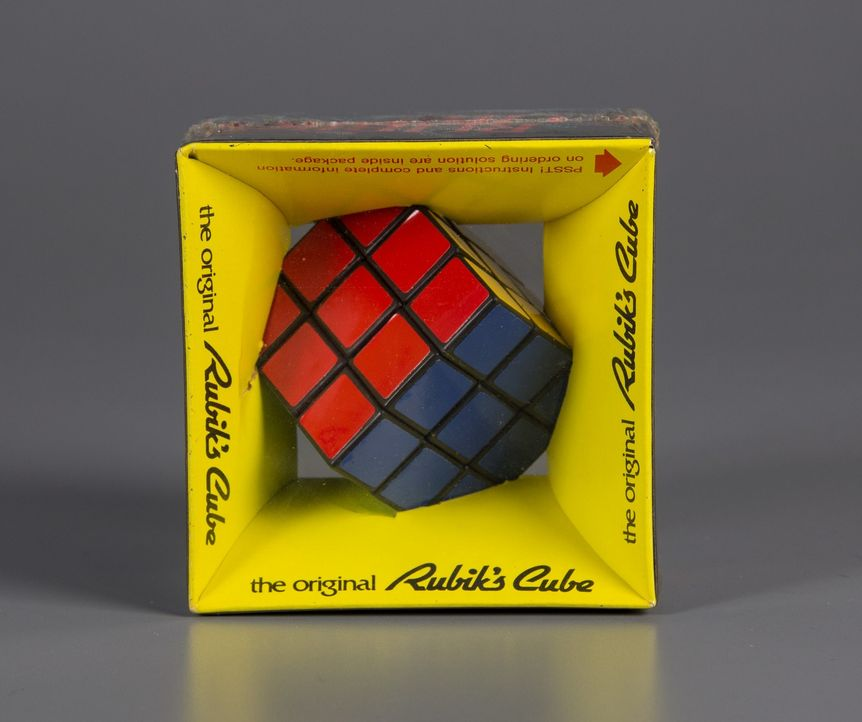 Don Wildman beschäftigt sich diesmal mit einem Spielzeug, das schnell zum Symbol der Popkultur wurde: der Zauberwürfel (Rubik's Cube) ... - Bildquelle: 2014, The Travel Channel, L.L.C. All Rights Reserved.