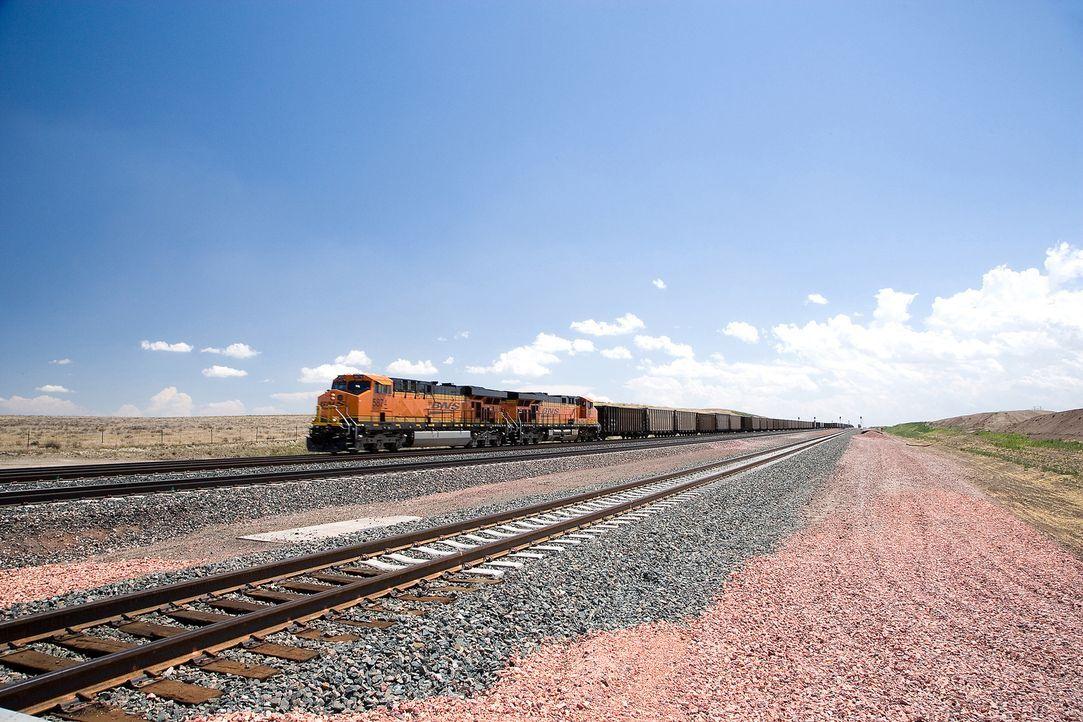 """Lokomotiven und Züge üben bis heute eine große Faszination aus - """"Moderne Wunder"""" besucht rund um den Globus einige der spannendsten Bahnen ... - Bildquelle: Photos.com"""