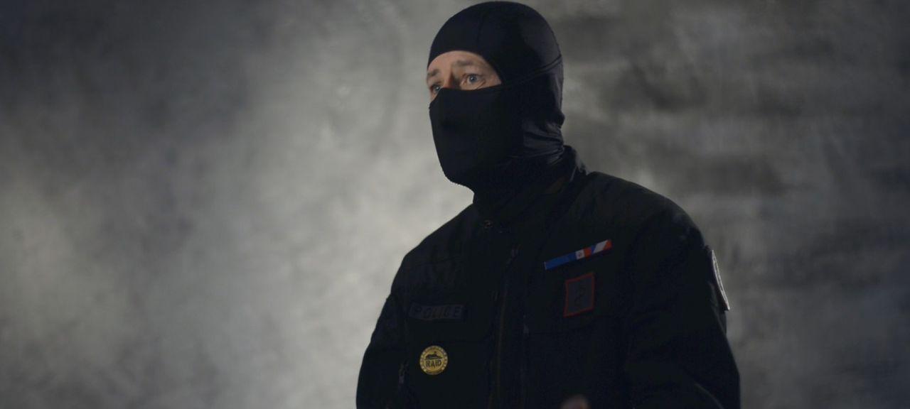 Am 7. Januar 2015 überfielen Terroristen die Redaktion des Satire-Magazins &... - Bildquelle: Memento - Planète +- 2016
