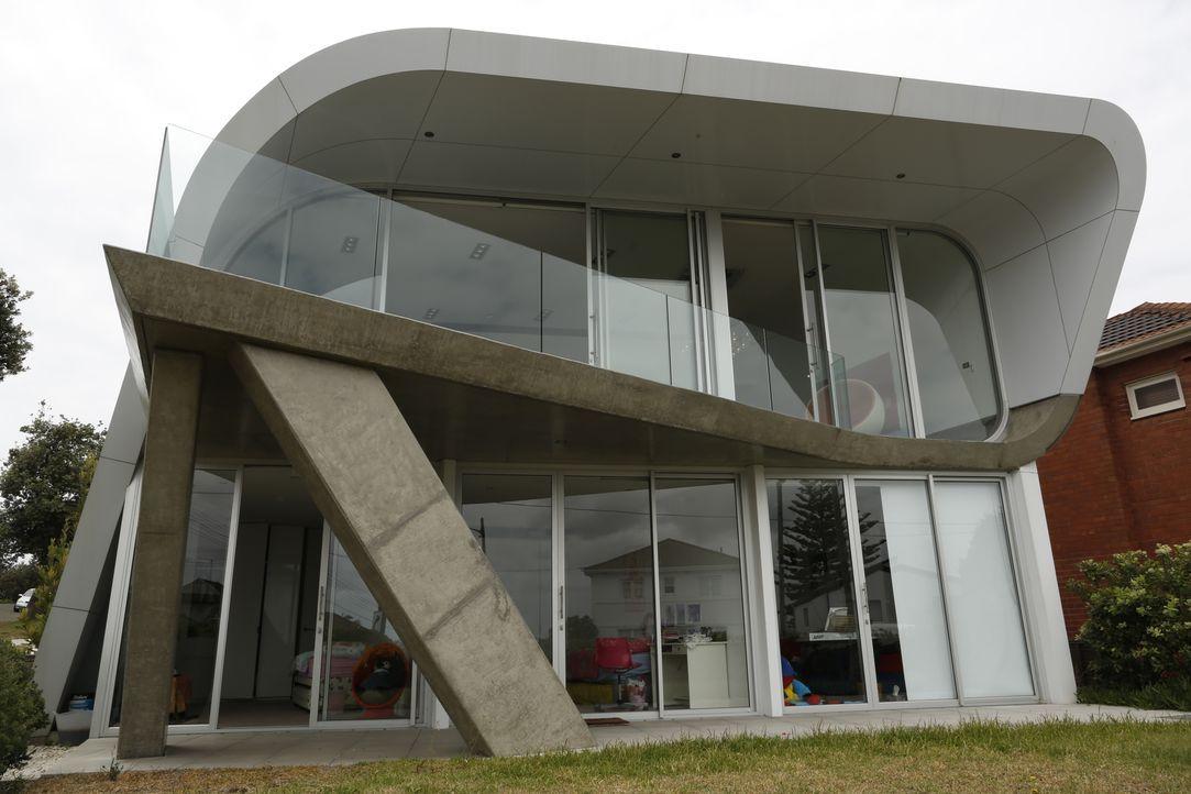 Periskop-Haus und mobiler Wohnwürfel - Bildquelle: 2013, HGTV/ Scripps Networks, LLC. All Rights Reserved.