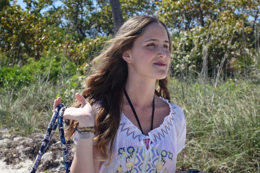 Als die junge britische Touristin Joanne ebenfalls verschwindet, ahnt die Polizei, dass ein Serienkiller auf den Bahamas sein Unwesen treibt ... - Bildquelle: Alvaro Acosta Cineflix 2014
