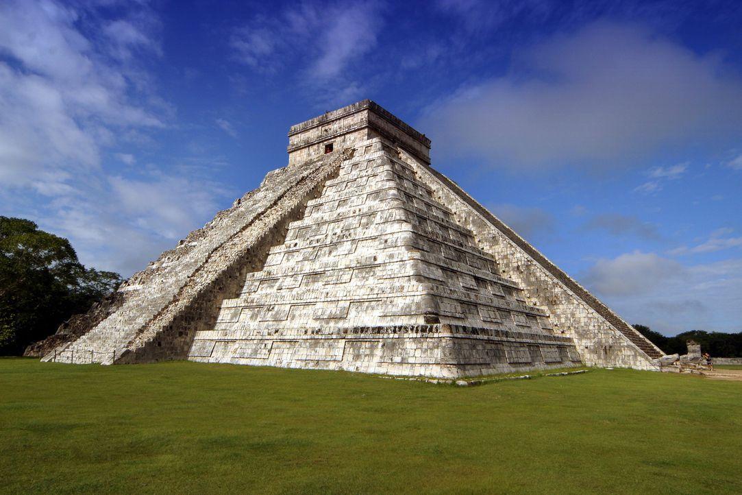 Haben die Maya mit Aliens zusammengearbeitet? Bis heute beschäftigt der Untergang der Maya viele Wissenschaftler und Verschwörungstheoretiker. Sie h... - Bildquelle: Tatjana Ingold