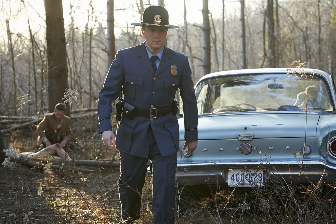 Am Morgen des 16. September 1973 finden Polizisten am Rande der Whimperville Road die Leiche der 18-jährigen Debra Dill. Doch erst 15 Jahre später b... - Bildquelle: Ian Watson Cineflix 2015